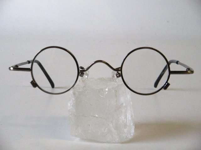 Round adult eyeglasses with a very small lenses size-C4 eBay